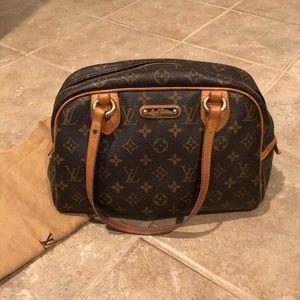 feca7283987e Authentic Montorgueil Louis Vuitton Bag